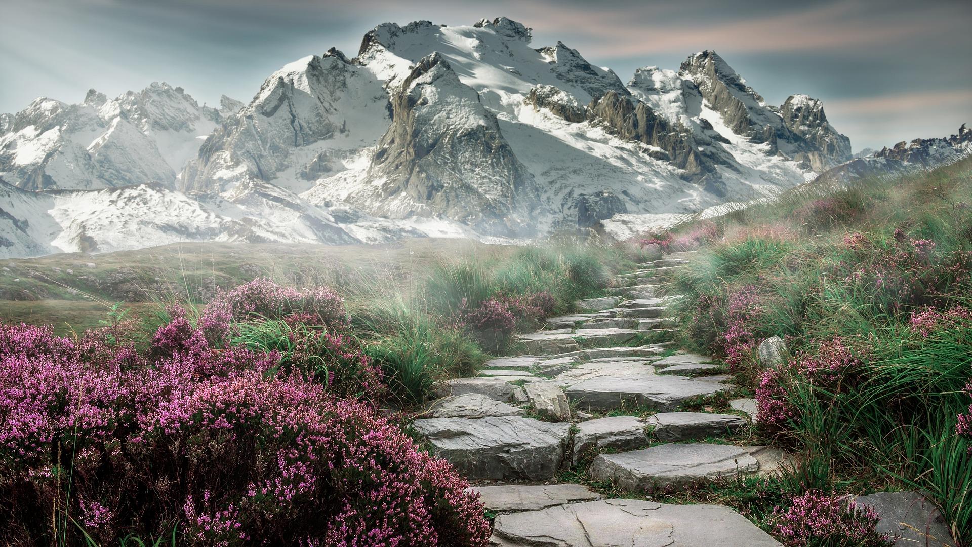 mountain-landscape-Mountain peak