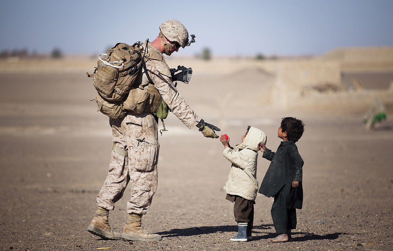 soldier-Gifting